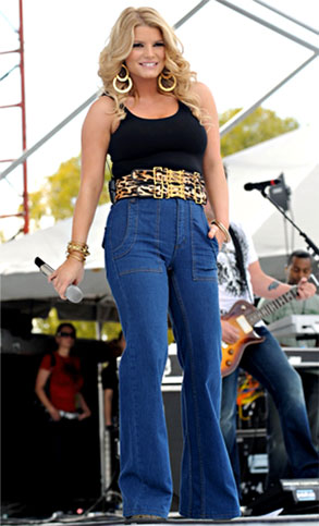 Jessica Simpson in the worst bell bottoms